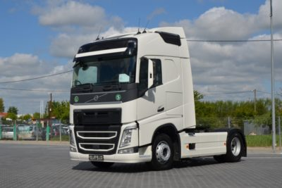 3 67 400x267 - VOLVO FH 500 EURO 6 2015 ACC HEAD UP Z NIEMIEC 392