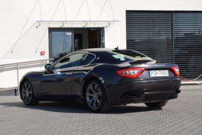 10 32 400x267 - Maserati GranTurismo