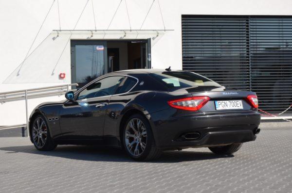 10 32 600x398 - Maserati GranTurismo