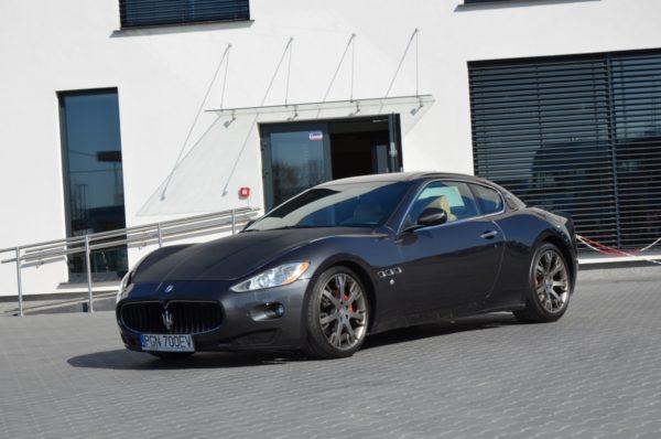 2 40 600x398 - Maserati GranTurismo