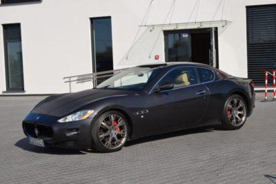 3 35 400x267 - Maserati GranTurismo