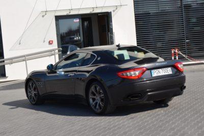 9 33 400x267 - Maserati GranTurismo