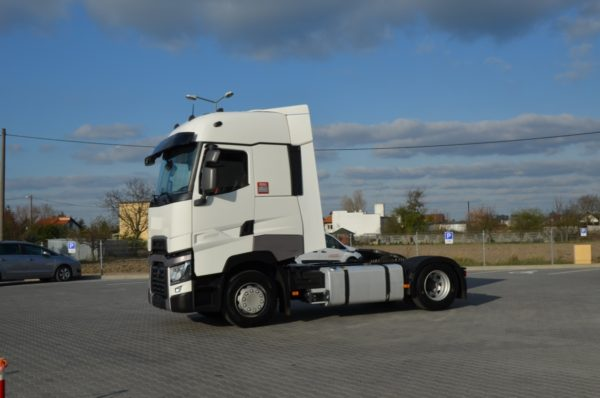 2 47 600x398 - RENAULT T 480 HIGH SLEEPER 2016r ASYSTENT PASA 948