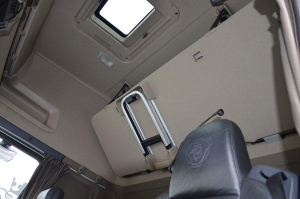 11 6 600x398 - SCANIA R 450 EURO 6 ECO LED NAVI SKÓRY FULL 021