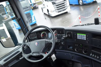 9 19 400x267 - SCANIA R 410 11.2015 E6 ACC LED KLIMA POS FULL 162