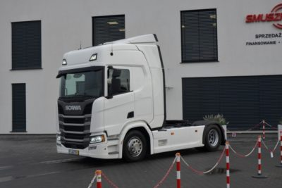 2 1 400x267 - SCANIA R 450 2017 NEW MODEL KLIMA POS. LED ACC 593