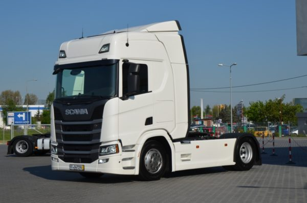 2 34 600x398 - SCANIA R 450 2017 NEW MODEL KLIMA POS. LED ACC 593