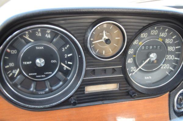 18 600x398 - MERCEDES-BENZ W114 COUPE 280CE ODRESTAUROWANY !