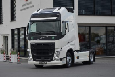 1 15 400x267 - VOLVO FH 4 500 XL 2016r. KLIMA POST. 270000km! 543