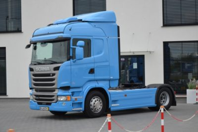 2 11 400x267 - SCANIA R 410 11.2015 E6 ACC LED KLIMA POS FULL 176