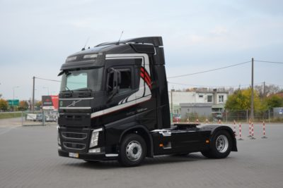 8 27 400x267 - VOLVO FH 500 2016r. TEMPOMAT ACC LED ASYSTENT 746