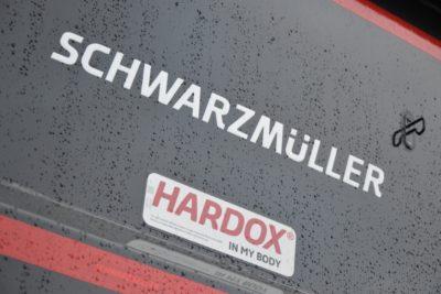 12 27 400x267 - SCHWARZMULLER WYWROTKA NOWA OS POD. SAF HARDOX 650
