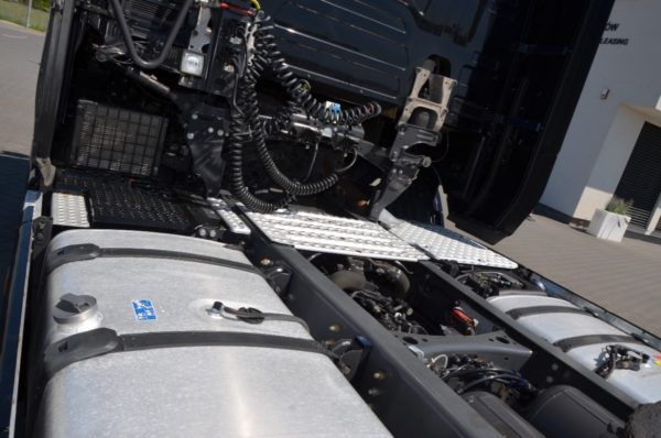 8 11 600x398 - SCANIA S 500 KLIMA POS. ACC FULL LED AIRBAG DE 100
