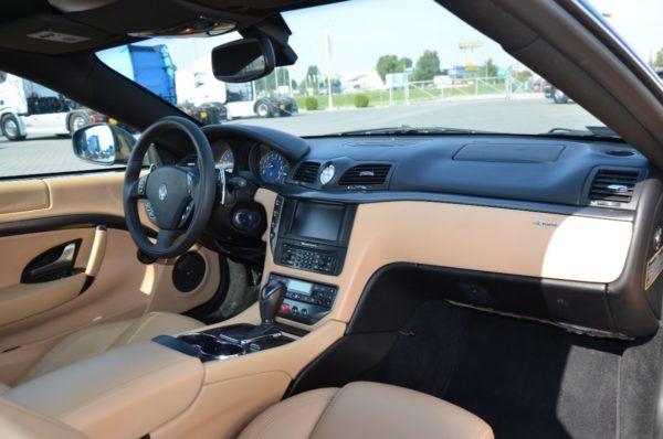 10 7 600x398 - Maserati GranTurismo 4.2 V8, piękne włoskie coupe!