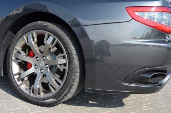 9 7 600x398 - Maserati GranTurismo 4.2 V8, piękne włoskie coupe!